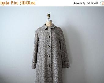 25% SALE Vintage herringbone coat . 1970s wool jacket