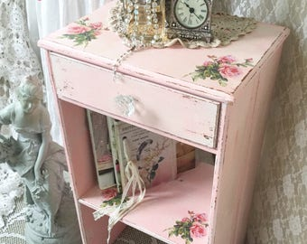 Shabby Cottage Chic Style Home Decor Amp Vintage By Fannypippin