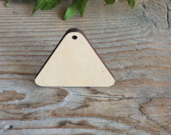 Wood triangles / set of 20 / wood jewelry blanks / wooden geometric shape / plywood cut outs