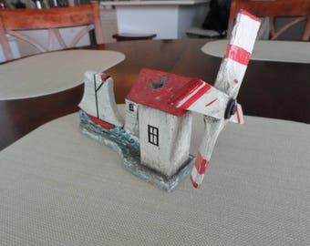 Antique Folkart Small Windmill     D030