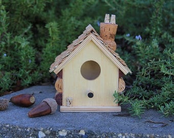 Little wine cork birdhouse, wine cork art