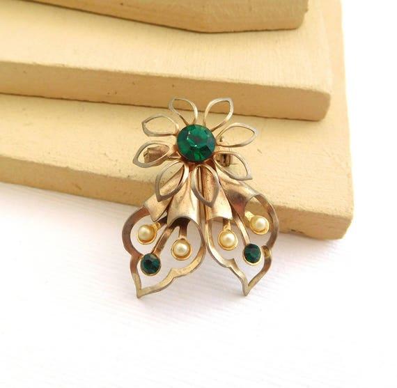 Vintage Emerald Green Rhinestone Seed Pearl Gold Tone Flower Brooch Pin FF50