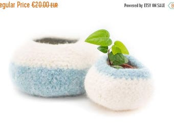 ON SALE WOOLY Felted Pod Bowls - circular, pod bowl - natural, light blue 10