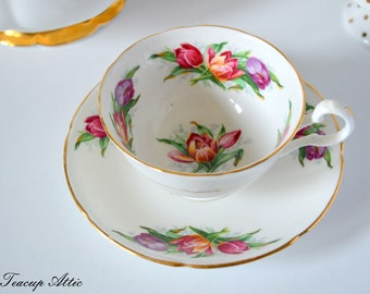 Royal Grafton Teacup and Saucer With Tulips, English Bone China Tea Cup And Saucer Set, Cabinet Tea Cup,  ca. 1950-