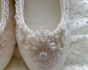 Wedding Ivory Flats Vegan Shoes Embellished w hand sewn BEADS appliqué, Comfortable Slipper Style,Lace covered Flats,Reception Shoes