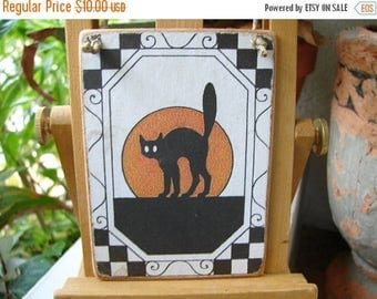 3 day SUMMER SALE 15% OFF Vintage Halloween,black cat,old image applied to wooden tag & sealed with string to hang