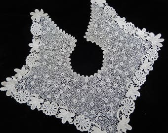 Victorian Lace Collar - Crocheted Antique Collar - Hand Made Crocheted Collar - Ornate Vintage Collar - Rare Linens