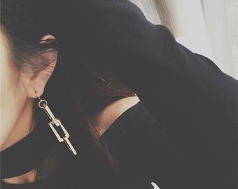 ON SALE Delicate gold elongated box chain earrings - chain earrings