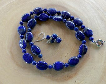 19 Inch Navy Blue Lapis Lazuli Oval Bead Necklace with Earrings