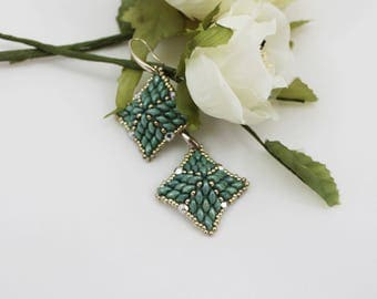 Diamond Earrings Green and Silver