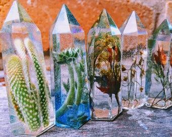 One (1) RANDOM Resin Crystal Point