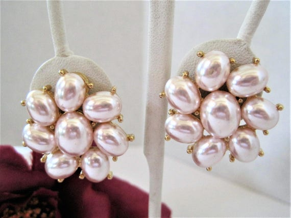 Richelieu Signed Earrings -Vintage Pink Faux Pearls   - Designer Clip On - Pearl Gold Tone Setting