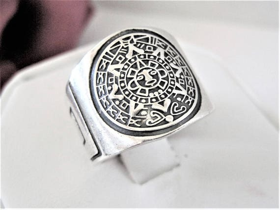 Sterling 925 Ring - Mexico Mayan Calendar  - Size 8 Ring - Wide Band