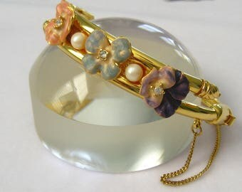 JOAN RIVERS Hinged Gold Bangle Bracelet has 3 Enamel Pansies with Rhinestone Centers on Top Separated by White Pearls.  Bypass Styling.