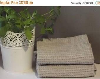 Summer sale -10% Linen Hand Towel. Waffle linen towel. Bathroom towel. Grey linen towel. Grey sauna towel. Sauna waffle towel. Bath waffle l