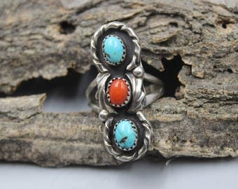 Navajo Sterling Silver Ring Turquoise Mother of Pearl Spiny Oyster Native American Indian Size 8.5 or 8 1/2