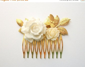 SUMMER SALE Wedding Hair Comb Flower and Butterfly Hair Comb with Leaves Gold Toned White Off White Ivory Tiny Natural Vintage Style Woodlan
