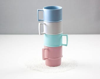 Tupperware Mugs, Vintage Plastic Cups, Stackable Tupperware Mugs,