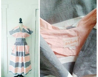 20% OFF / Sugar Town 1950s Peach/Pink/Grey/White Horizontal Stripe Atomic Dress with Winged Collar/Pocket Detail