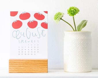 stocking stuffer - 2018 kitchen calendar with wood stand