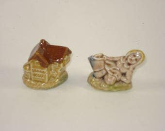 Wade Whimsies Red Rose Tea Figurines  - House and Jill Pair
