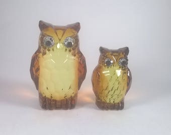 Vintage Owls  - Crystal Look Plastic Birds - Woodland Ornaments - Figural Home Decor