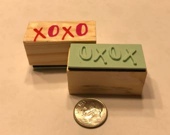 X O X O rubber stamp, 1 1/4 inch (BB4/9)
