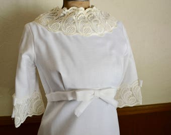 1960s vintage wedding dress: white linen and lace with detachable train, empire waist