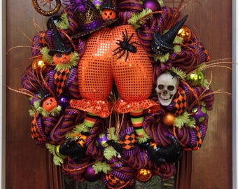 Large Witches Hat and Butt Wreath