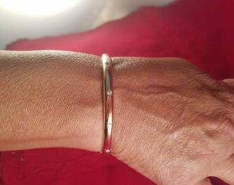 Vintage 14k Solid Gold & Diamond Bangle Bracelet