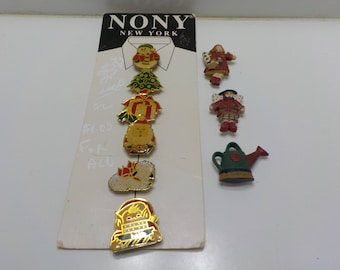 Vintage NONY Christmas Button Covers (965) Three Others