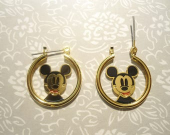 1 Pair of Disney Mickey Mouse Goldplated Earriings