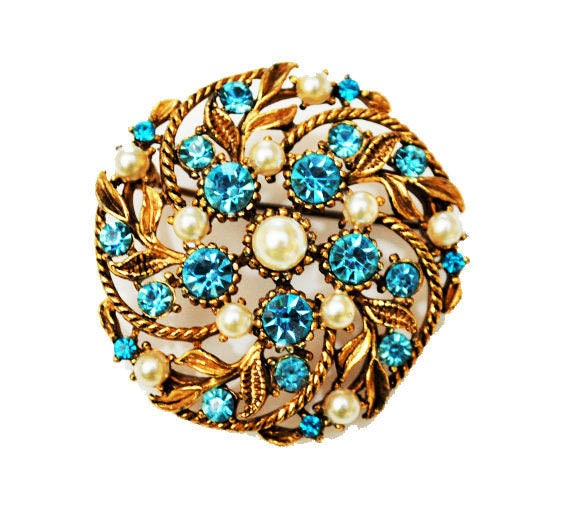 Blue Rhinestone and White  pearl Round Brooch - Mid century - gold floral Pin