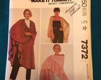 McCalls 7372 Coverup and Shawls pattern, Evening, Fashion