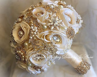 IVORY GOLD, Custom all Ivory and Gold Bridal Brooch Bouquet, Gold Bouquet, Broach Bouquet, Brooch Bouquet, Wedding Bouquet, DEPOSIT