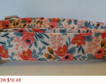 "Sale - 50% Off Dog Collar - Vintage Inspired Peach & Coral Floral Dog Collar ""Amber"" - Free Colored Buckle"