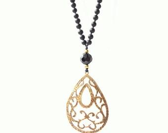 Black Necklace, Teardrop necklace, goth necklace, knotted necklace, pendant necklace, antique brass pendant, winter trends 2017