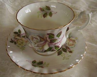 Vintage ROYAL ALBERT Tea Cup Saucer/Bone China