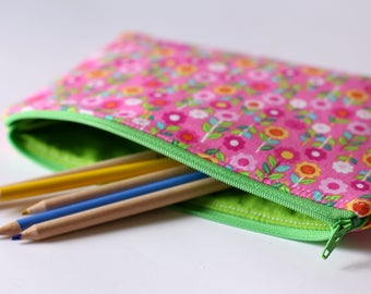 SALE 20% off, pink floral zipper pouch, pencil case, school bag, makeup bag, purse organizer, knitting notions bag