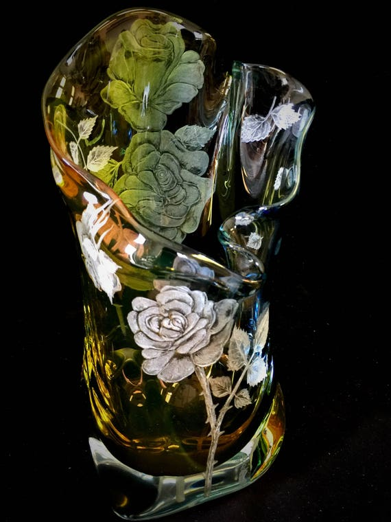 Hand Engraved Vase Roses, Engraved Glass Rose flower, Etched Crystal Vase, Floral vase, Engraved Vase, Home Decor