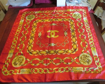 BOOTLEG Vintage Chanel Paris Red and Gold Chain Link Scarf
