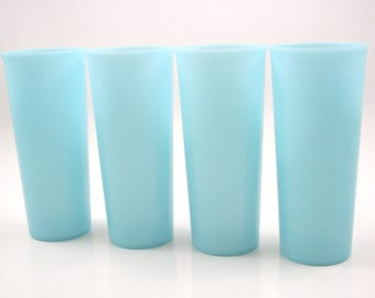 Aqua Blue Tupperware Tumblers 16 oz