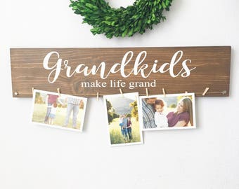 Grandkids make life grand - Grandparents gift - Christmas gift - Quantity of Two Signs