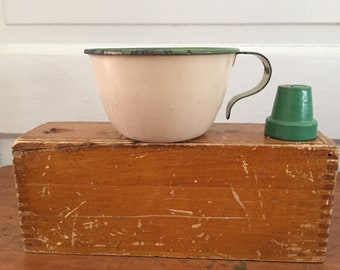 Vintage Green Rimmed Enamel Cup, Curved Handle, Jadite, Cream, 1930s 1940s, Depression Era, Chippy, Decor, Photo Prop, Farm Cup