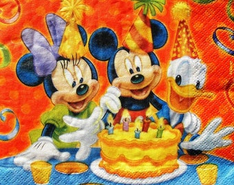 """Towel """"Mickey and friends"""""""
