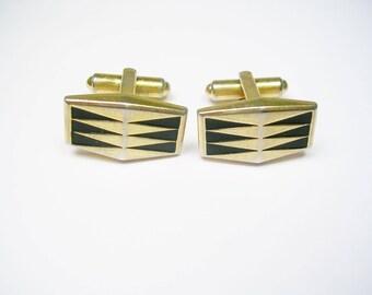MAD meN CUFFLINKS Hickok 1950's 1960's Cuff Links made in usa gold tone Metal black Enamel