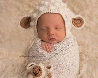 Crochet Newborn Lamb  Bonnet ( for girl or boy)/ Photo prop/ Newborn bonnet/ Lamb bonnet/  Baby shower gift / Easter gift