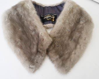 Gray vintage fur collar