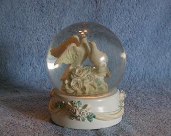 Musical Snow Globe - Love Birds - San Francisco Music Box Company - 1990