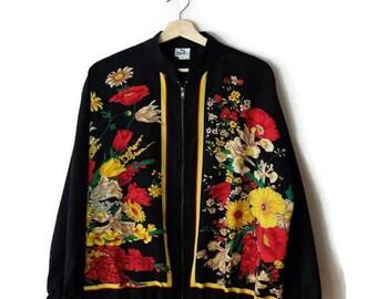 Vintage Black x Floral Zip up Jacket /Windbreaker from 1980's*